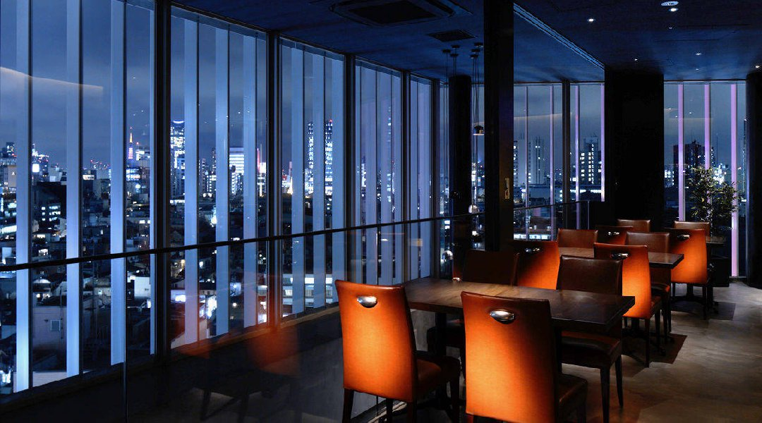 Drinks @ a Stylish Music Bar with a Great View in Harajuku/Jingumae :)